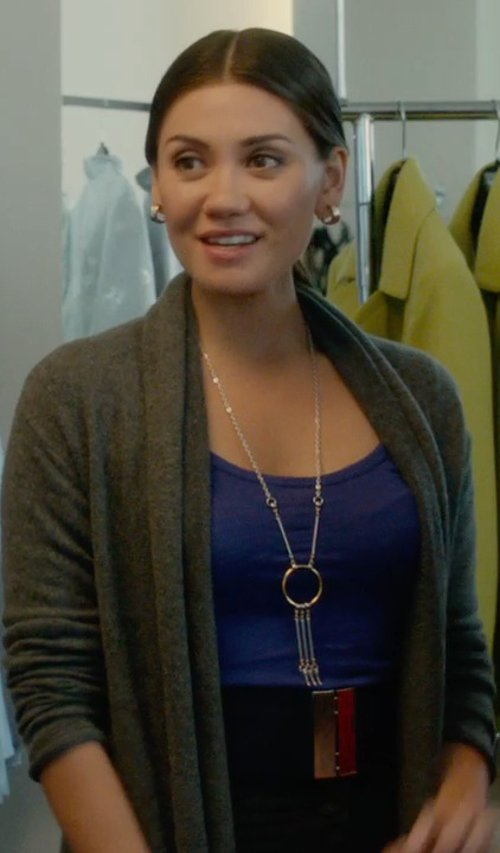 Vanessa Matsui with The Limited Long Tassel Necklace in What If