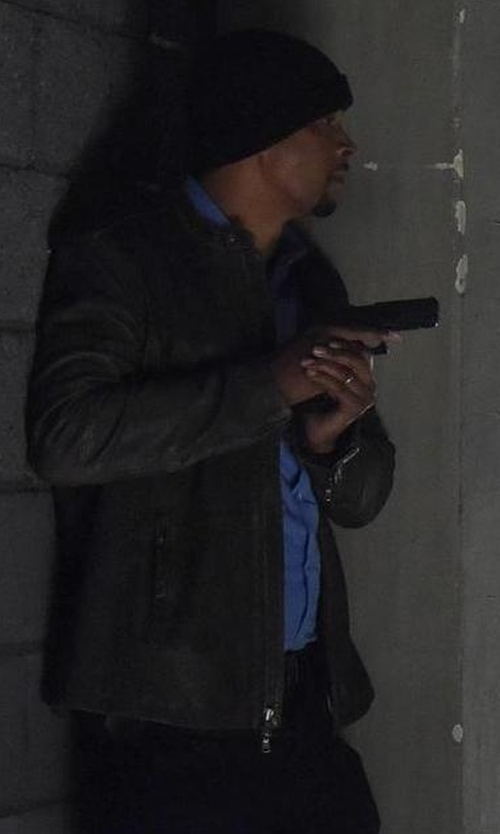 Damon Wayans with Brunello Cucinelli Contrast Cuff Cashmere Beanie in Lethal Weapon