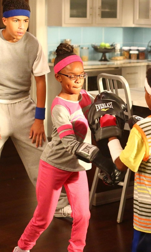 Marsai Martin with Toobydoo Gisele Heart Sweater in Black-ish