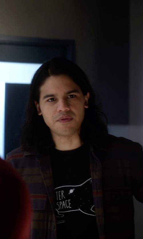 Carlos Valdes with Threadless Otter Space Tee Shirt in The Flash