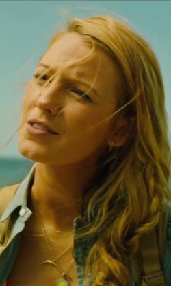 Blake Lively with Chan Luu Horn Pendant Necklace in The Shallows