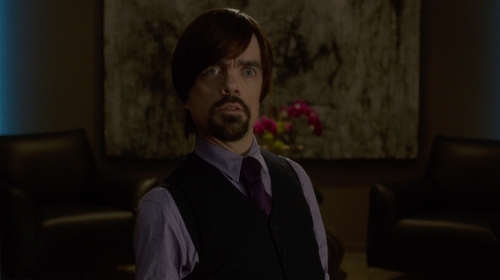 Peter Dinklage with Brooks Brothers Solid Slim Tie in The Boss