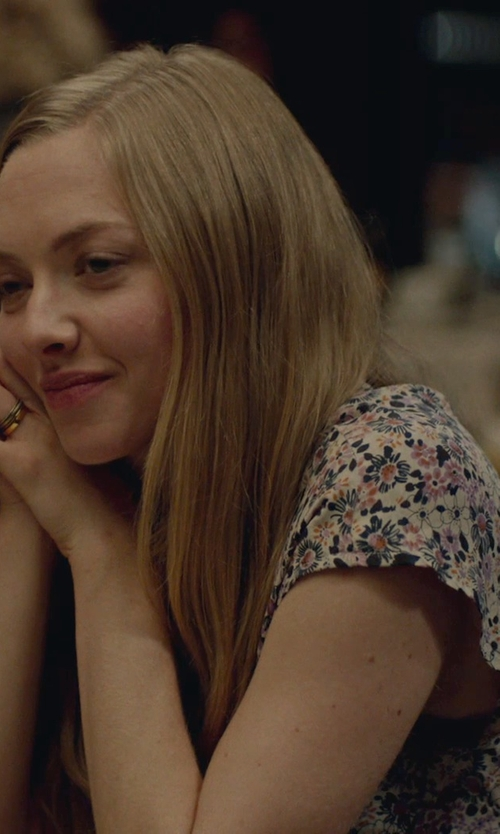 Amanda Seyfried with Forever 21 Ruffled Floral Chiffon Blouse in While We're Young