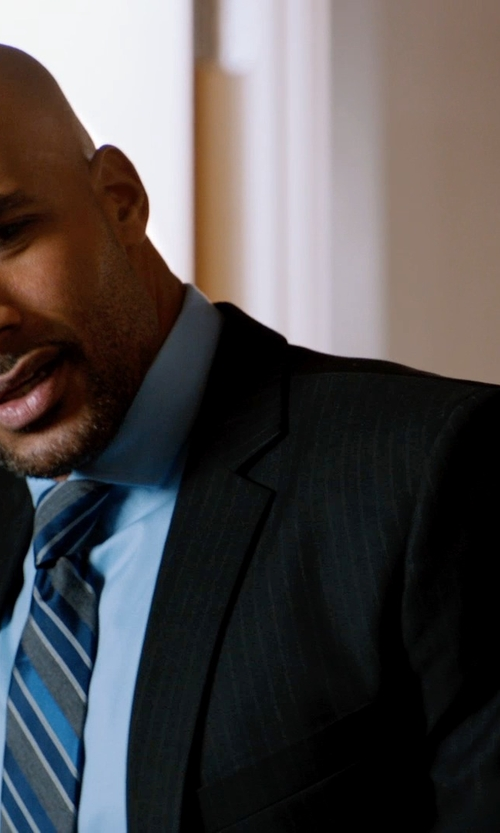 Boris Kodjoe with Dockers Black Stripe Two-Button Suit Jacket in Addicted