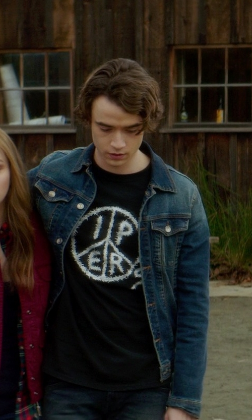 Jamie Blackley with Levi's Commuter Trucker Jacket in If I Stay