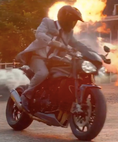 Ryan Reynolds with Triumph Street Triple RX Motorcycle in The Hitman's Bodyguard