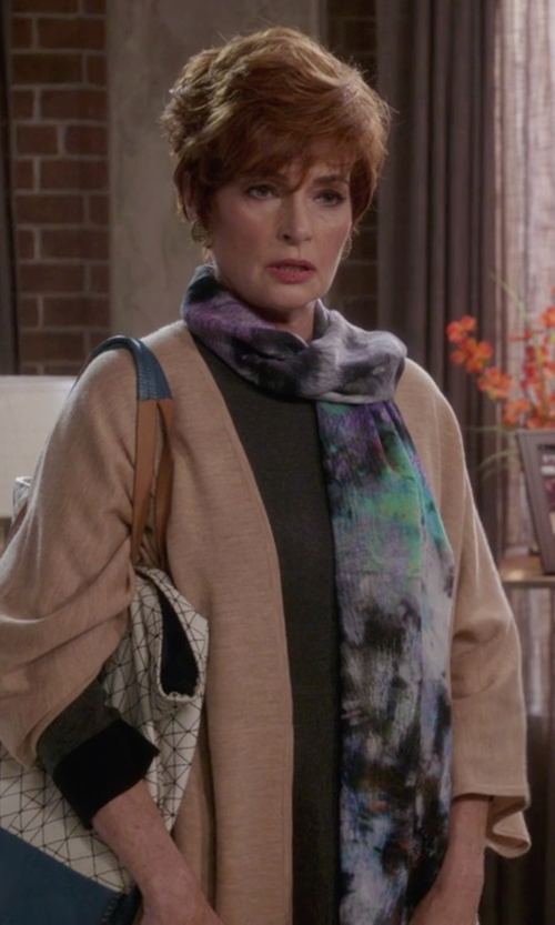Carolyn Hennesy with Pendleton Knit Cape Cardigan in The Mindy Project