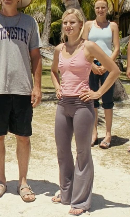 Kristen Bell with Roxy Outdoor Everyday Yoga Pants in Couple's Retreat