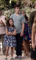 Modern Family - Season 7 Episode 1 - Summer Lovin'