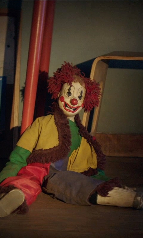Unknown Actor with Goldberger Doll Mfg. Co. Bozo the Clown Ventriloquist Doll in Poltergeist