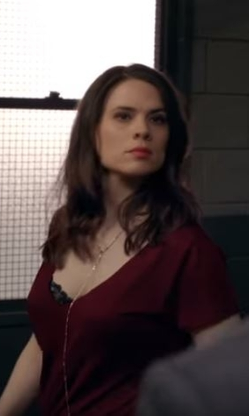Hayley Atwell with White House Black Market Dolman Jetsetter Tee in Conviction