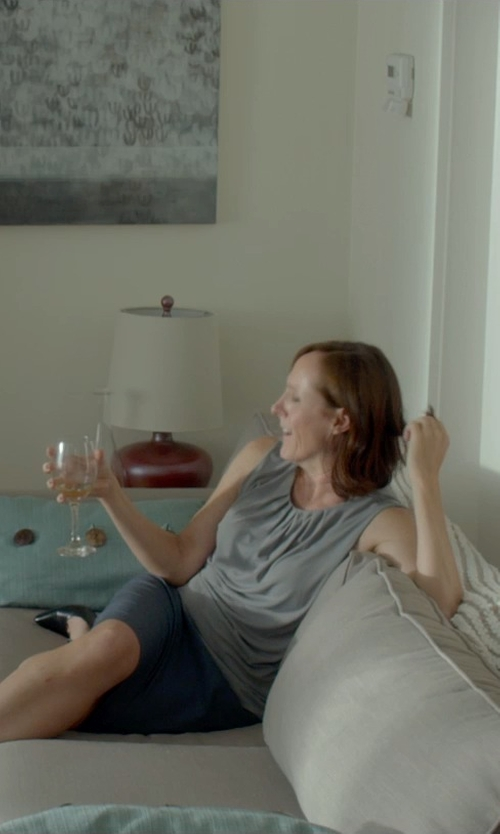 Molly Shannon with Schott Zwiesel Cru Classic Red Wine Glass in Me and Earl and the Dying Girl