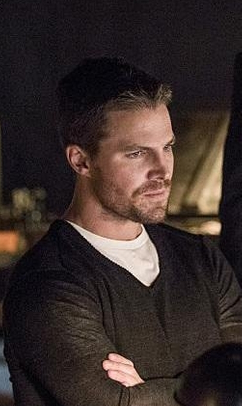 Stephen Amell with Neiman Marcus Cashmere V-Neck Sweater in Arrow