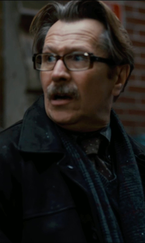 Gary Oldman with Kirk Originals Sculpture Collection 'Loi' Eyeglasses in The Dark Knight Rises