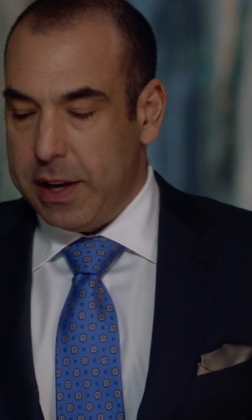 Rick Hoffman with Nordstrom Silk Twill Pocket Square in Suits