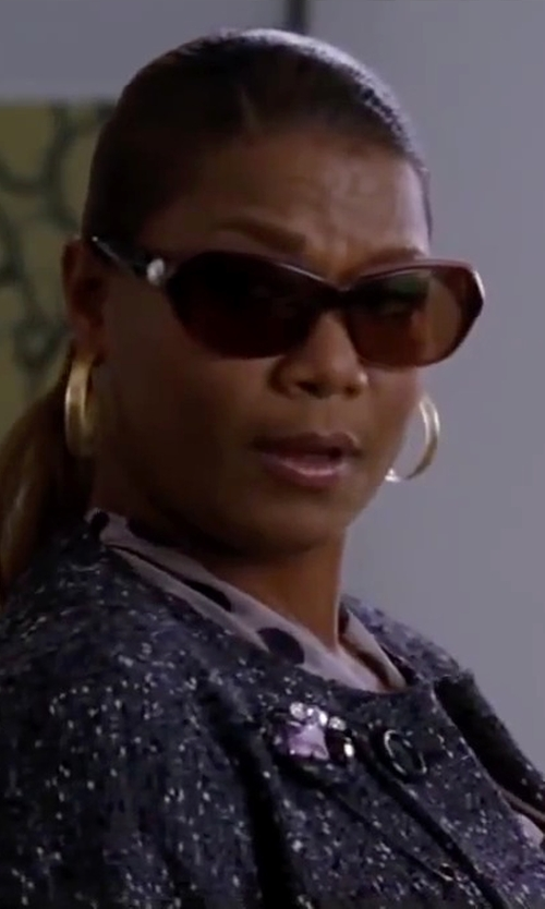 """Queen Latifah with Badgley Mischka """"Eleanor"""" Sunglasses in Valentine's Day"""