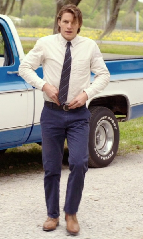 Luke Bracey with Alfani Medallion Toe Oxford Shoes in The Best of Me