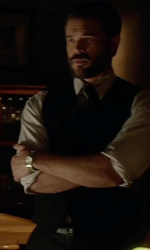Charlie Weber with Bloomingdale's Merino Wool Knit Vest in How To Get Away With Murder