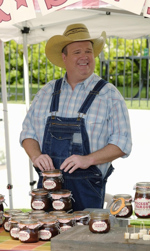 Eric Stonestreet with G-Star Raw 'Landoh Heapcheck' Washed Plaid Shirt in Modern Family