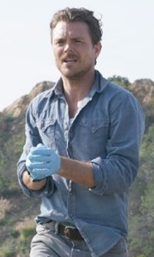 Clayne Crawford with True Religion Ryan Western-Style Denim Shirt in Lethal Weapon
