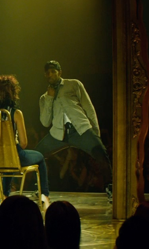 Stephen Boss with ACC Mall Double Sided Head Wrap Headscarf in Magic Mike XXL