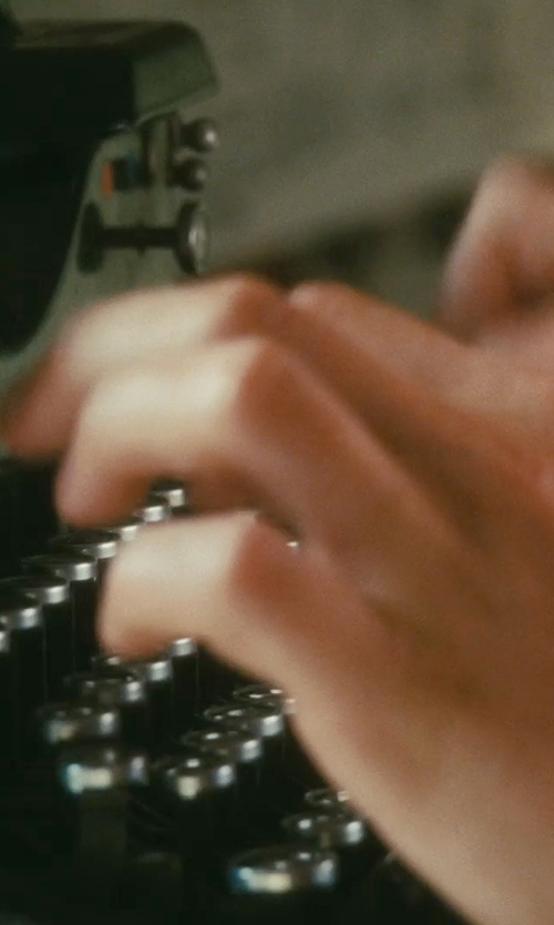 James McAvoy with Royal No.10 Typewriter in Atonement
