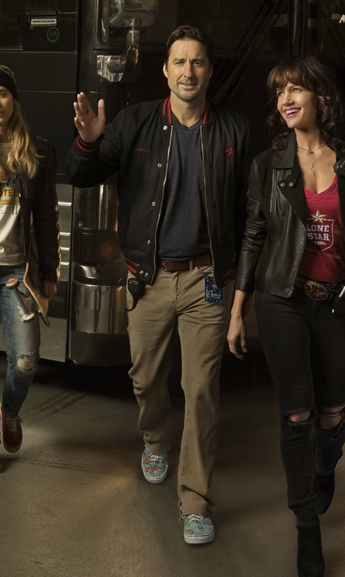Luke Wilson with Vans Van Doren Authentic Sneakers in Roadies