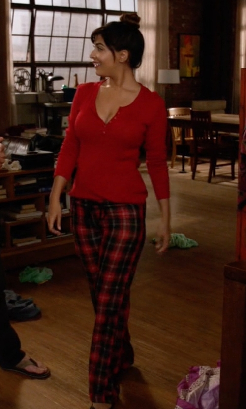 Hannah Simone with Pendleton Dani Pants in New Girl