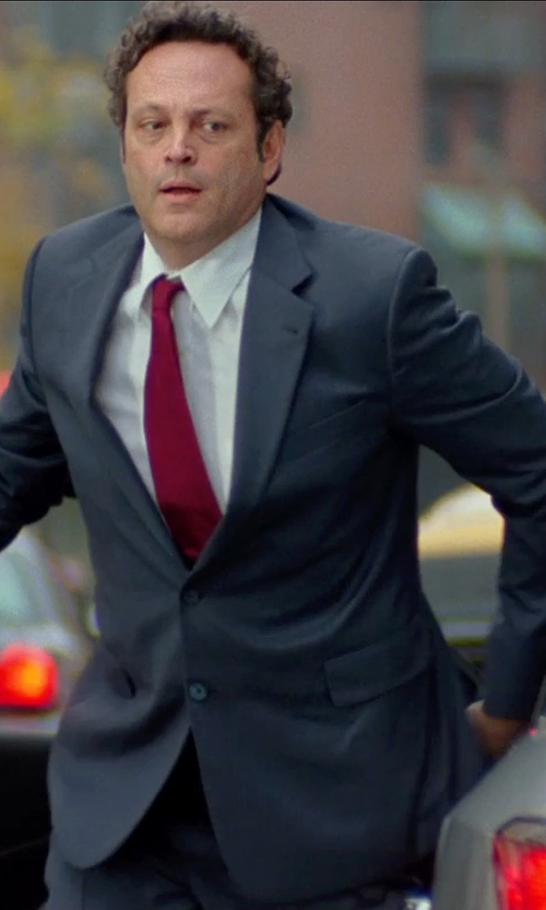 Vince Vaughn with Calvin Klein Modern Fit Two-Piece Wool Suit in Unfinished Business