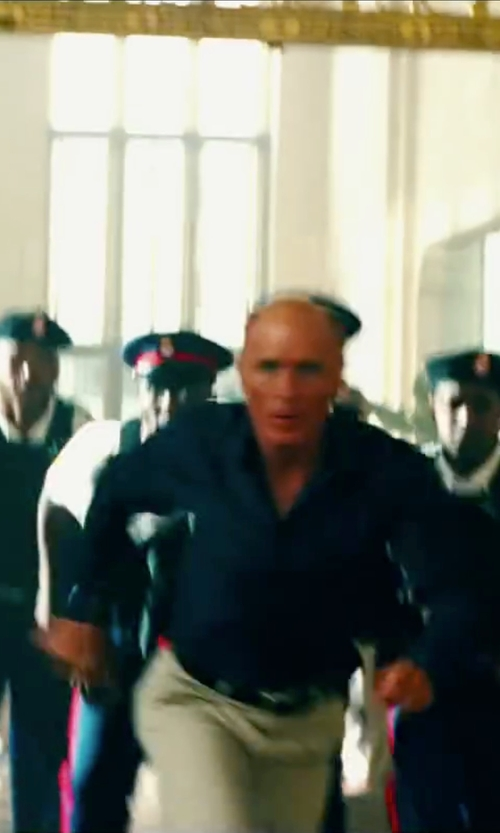 Ed Harris with Haggar Serona Shadow Striped Straight Fit Dress Pants in Pain & Gain