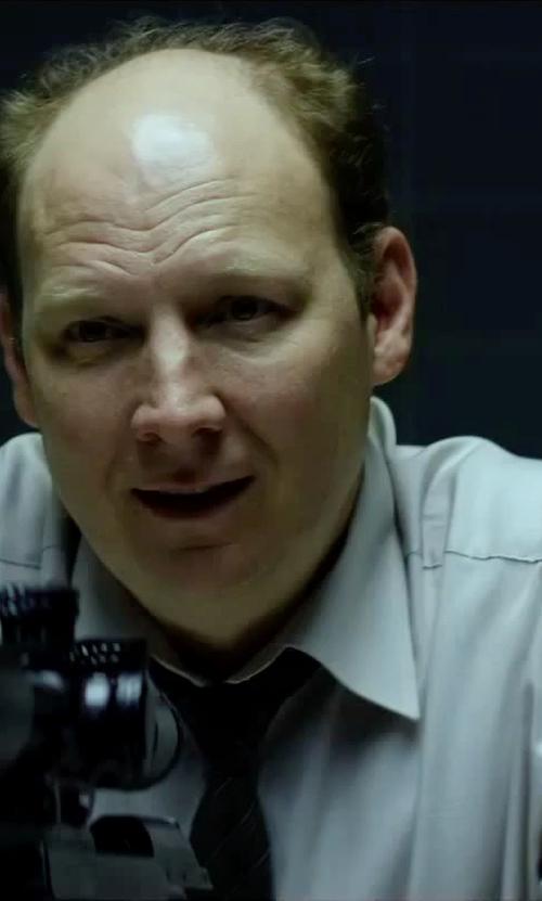 Dan Bakkedahl with Eton Solid Herringbone Dress Shirt in Hitman: Agent 47