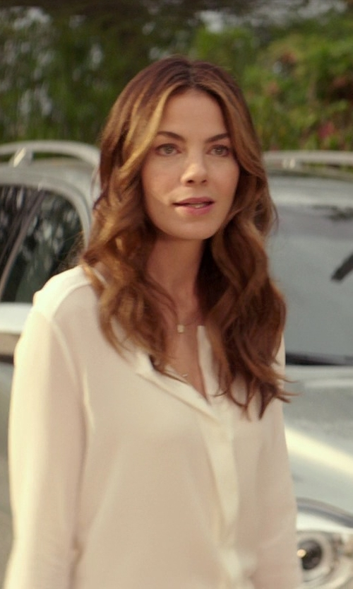 Michelle Monaghan with Vince 3/4 Sleeve Wedge Blouse in The Best of Me