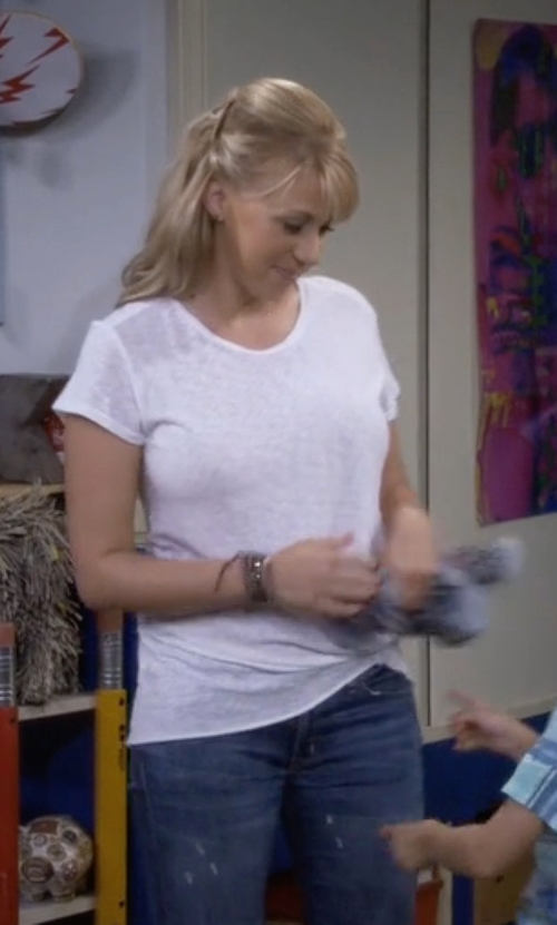 Jodie Sweetin with Stateside Twist Front Tee in Fuller House