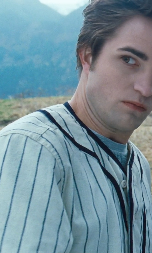 Robert Pattinson with Majestic Mlb New York Yankees Home Replica Jersey, White in Twilight