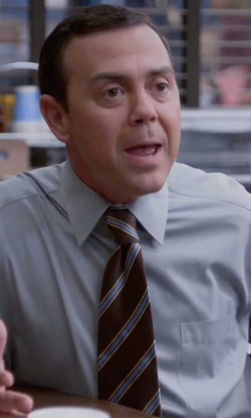Joe Lo Truglio with Bigi Diagonal Striped Jacquard Tie in Brooklyn Nine-Nine