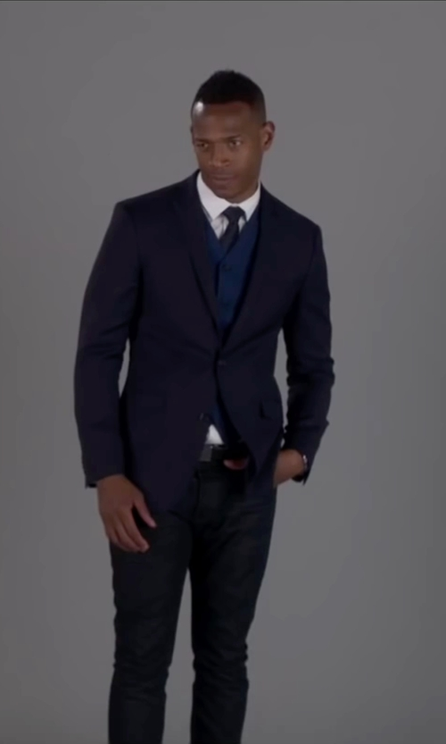Marlon Wayans with Express Cotton Sateen Navy Blue Vest in Fifty Shades of Black