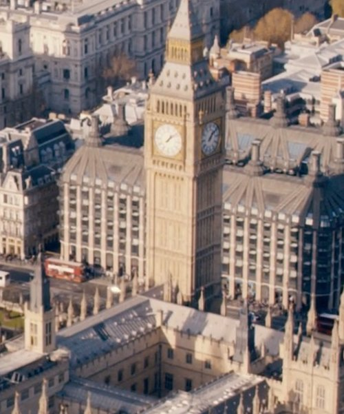 Unknown Actor with Big Ben London, United Kingdom in Fast & Furious 6