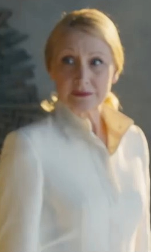 Patricia Clarkson with Cinzia Rocca Novelty Ombre Wool Coat in Maze Runner: The Death Cure