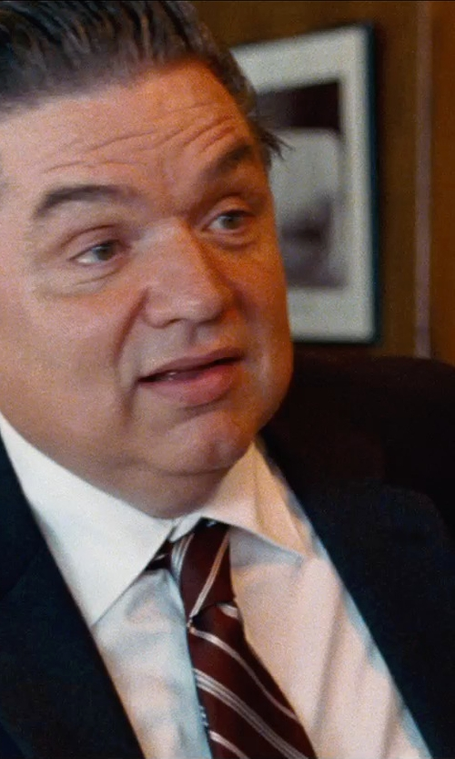 Oliver Platt with Jos. A. Bank Triple Repp Stripe Tie in Cut Bank