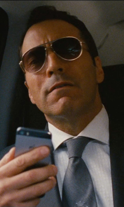 Jeremy Piven with Apple iPhone 5s Phone in Entourage
