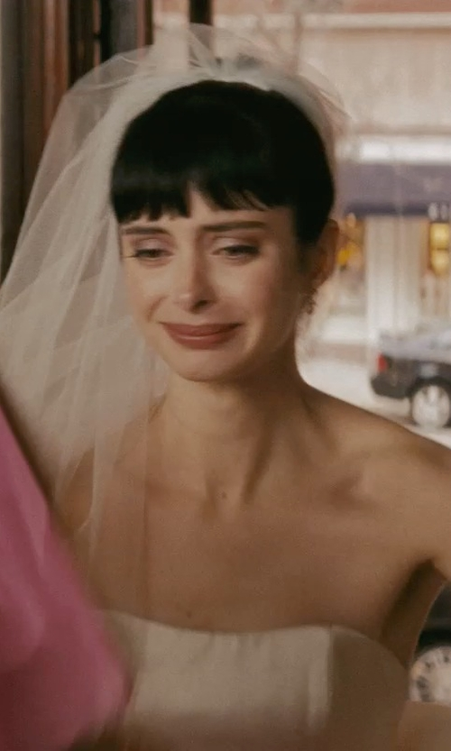 Krysten Ritter with Nicole Miller Dakota Silk Faille Strapless Gown in Confessions of a Shopaholic