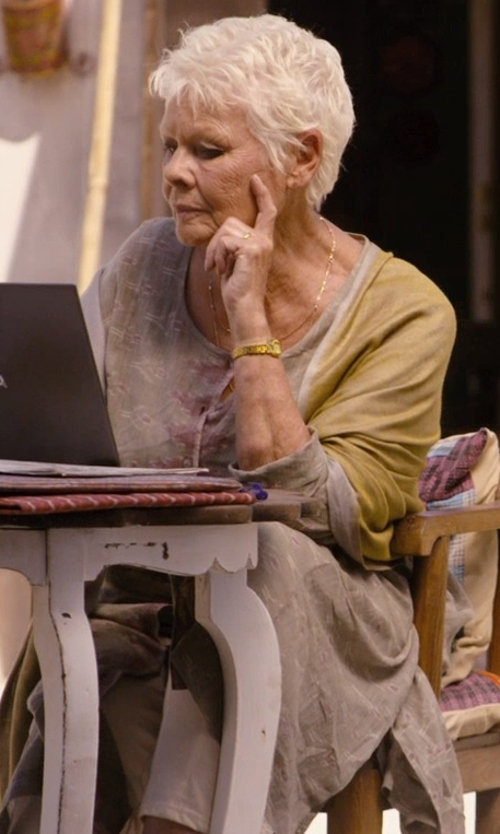 Judi Dench with Roberta Roller Rabbit Geometric Dot Cotton/Silk Kurta Tunic Top in The Second Best Exotic Marigold Hotel