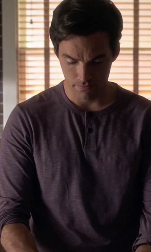 Ian Harding with G.H. Bass & Co. Men's Long-Sleeve Henley Shirt in Pretty Little Liars