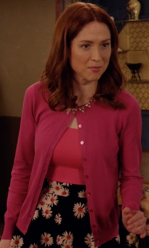 Ellie Kemper with Talbots Patch Pocket Charming Cardigan in Unbreakable Kimmy Schmidt