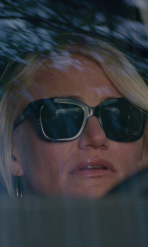 Cameron Diaz with Giorgio Armani Black Floral With Gray Gradient Lens Sunglasses in The Other Woman