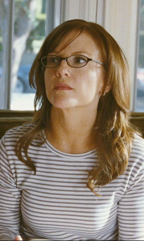 Rachael Harris with Jones New York Black Horn Eyeglasses in The Hangover