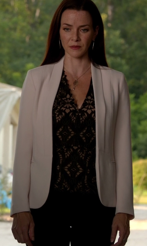 Annie Wersching with Topshop Open Front Blazer in The Vampire Diaries