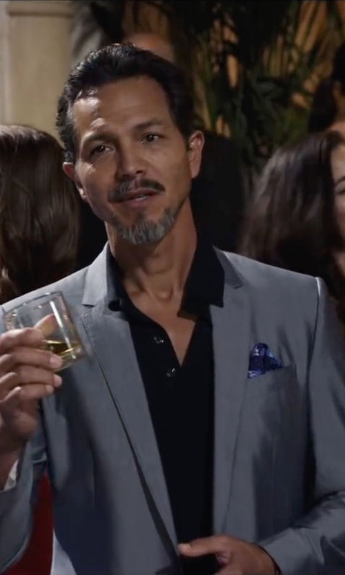 Benjamin Bratt with Paul Smith Bayard Sharkskin Two-Piece Wool Suit in Ride Along 2