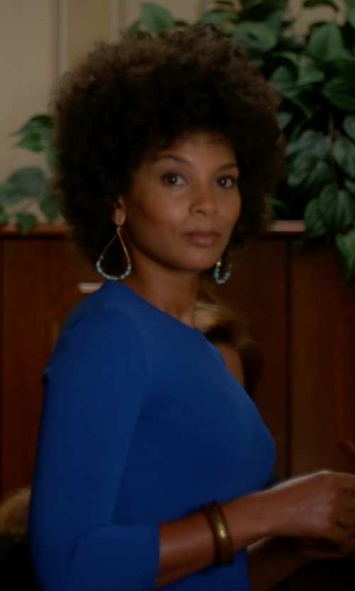Nicole Roderick with Yochi Turquoise and Crystal Beaded Hoop Earrings in The Good Wife