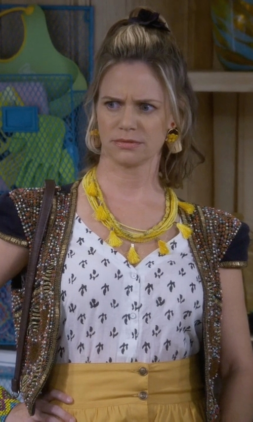 Andrea Barber with Lush Sleeveless Blouse in Fuller House